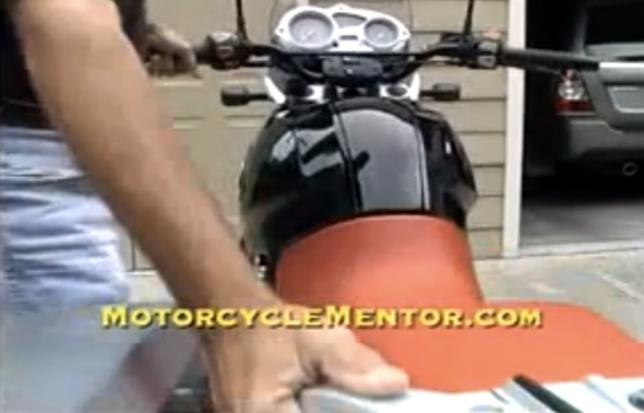 how-to-get-motorcycle-on-centerstand